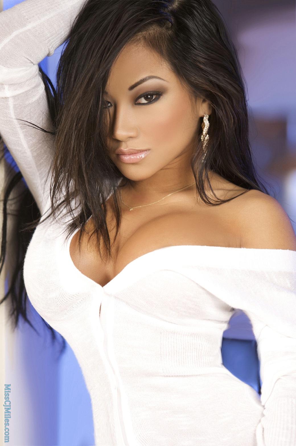 latina girl nude sexy