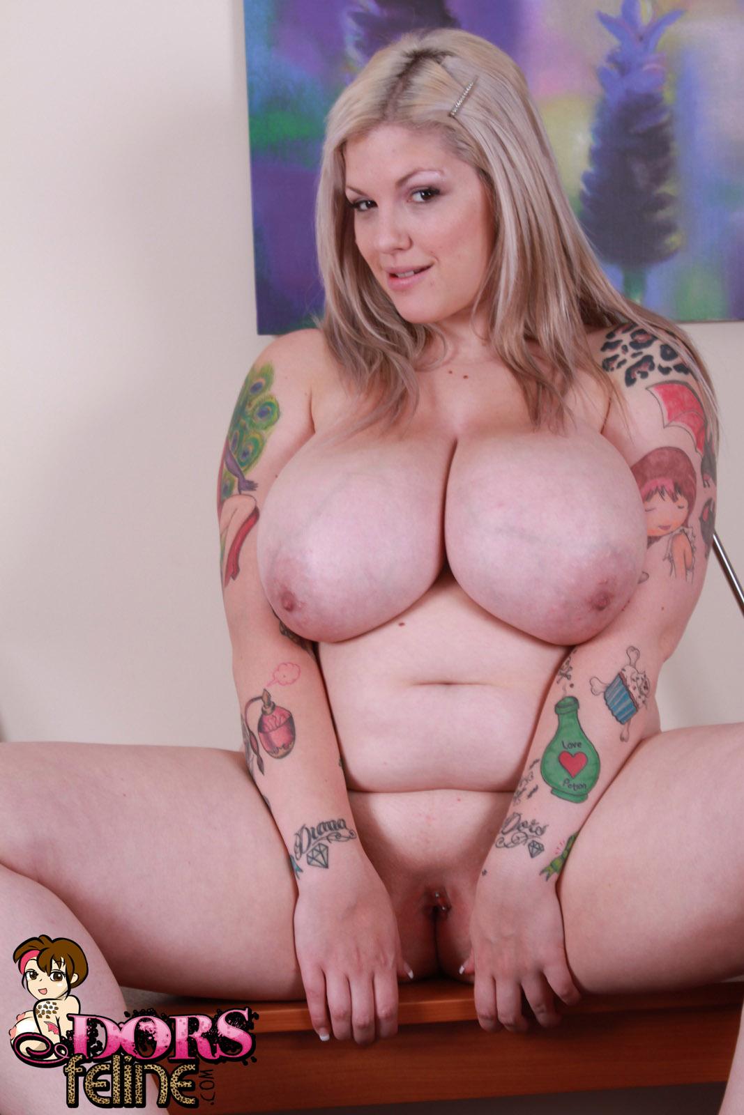 Dors Feline Nude