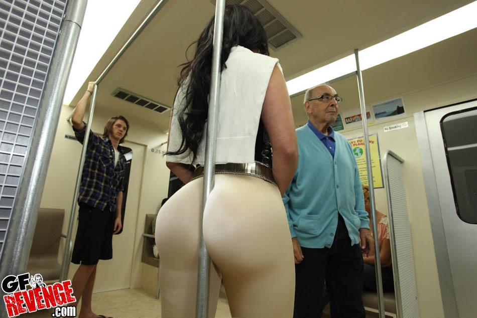Смотреть порно онлайн в метро бесплатно 4 фотография