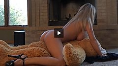 Nikki Sims rides that bear.