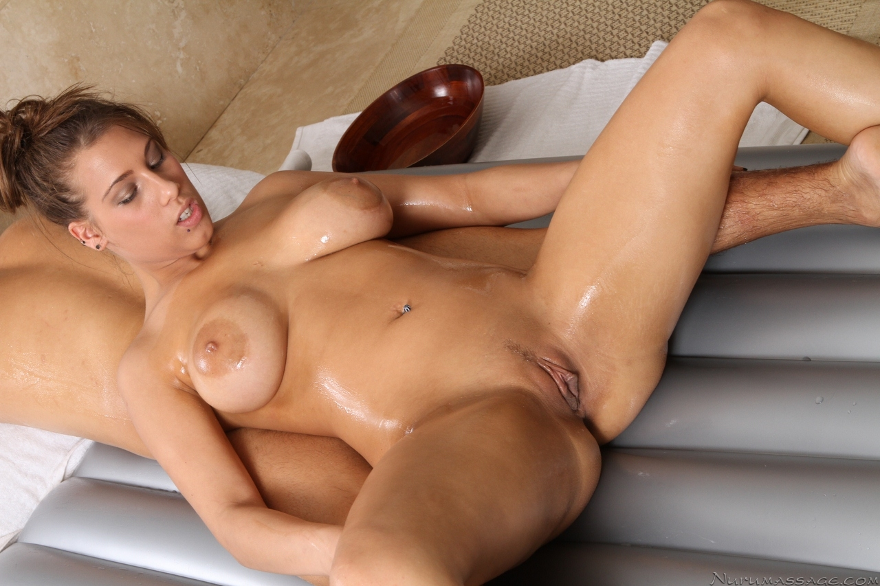 massage in nude nuru massage blonde