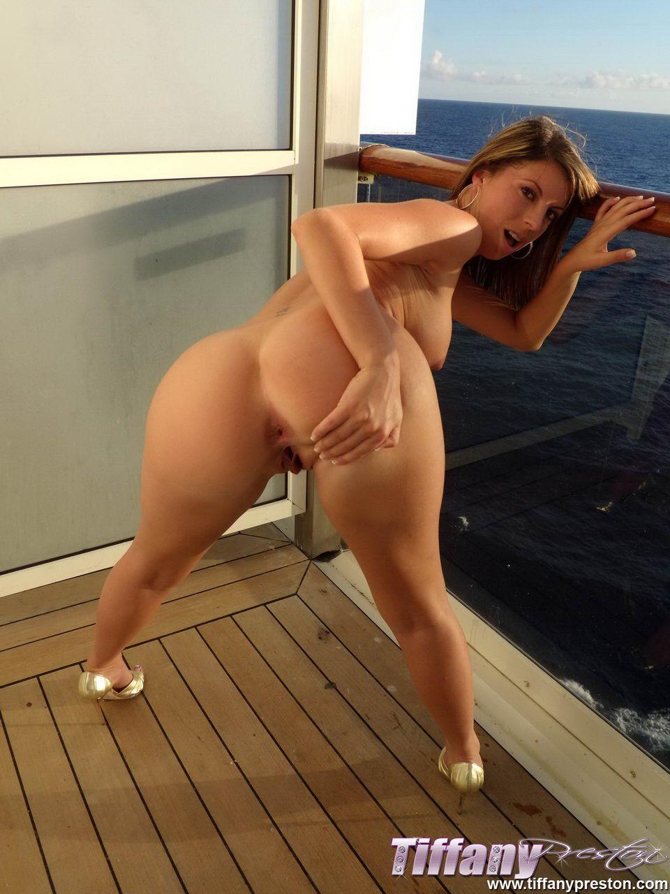 Porno grati con skinny